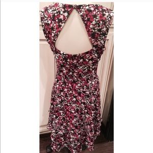 WHBM FLORAL RUFFLE DRESS with back keyhole